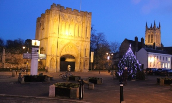 Abbeygate, the 'Pillar of Salt' and the cathedral